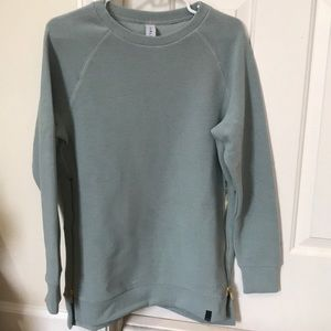 Varley sweater with zipper